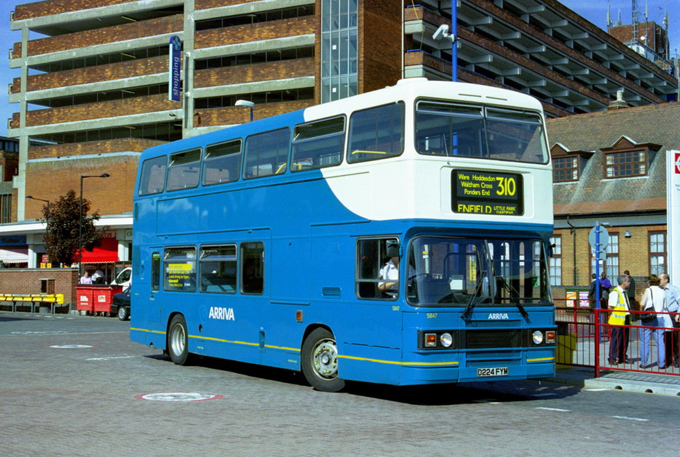 Arriva_East_Herts_and_Essex_D224FYM.JPG