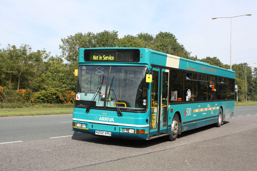 Arriva_The_Shires_R202VPU.JPG