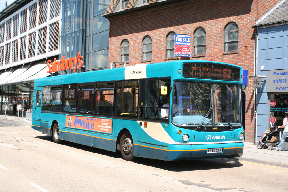 Arriva_The_Shires_W452XKX.JPG