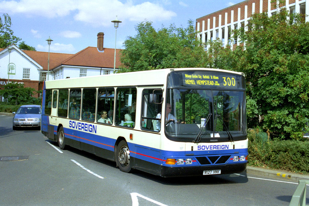 Sovereign_R127HNK.JPG