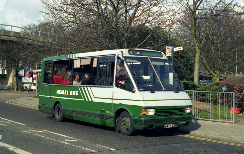 Luton_and_District_E478CNM.JPG