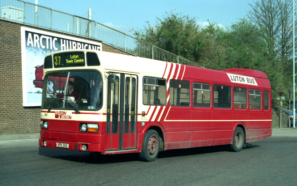 Luton_and_District_UPB311S.JPG