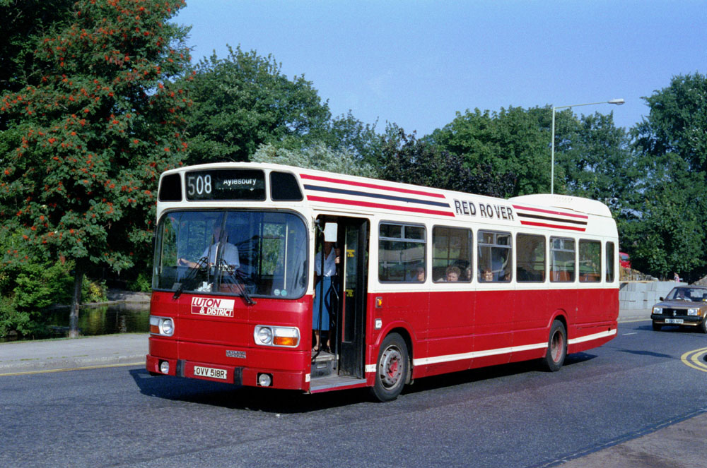 Luton_and_District_OVV518R.JPG
