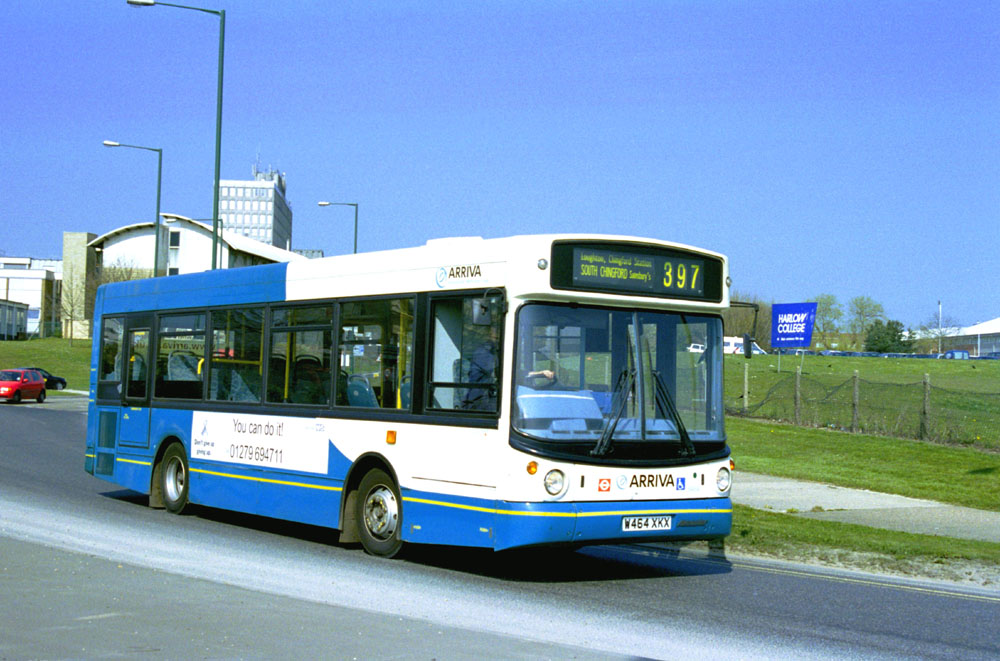 Arriva_East_Herts_and_Essex_W464XKX.JPG
