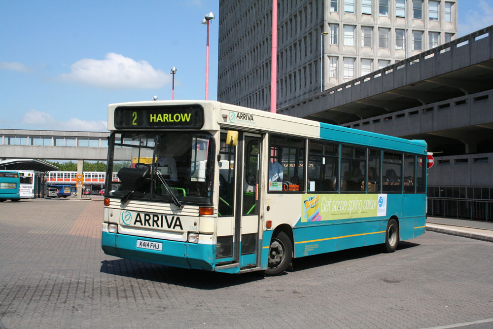 Arriva_East_Herts_and_Essex_K414FHJ.JPG