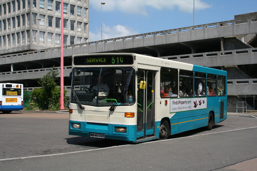 Arriva_East_Herts_and_Essex_M846DDS.JPG
