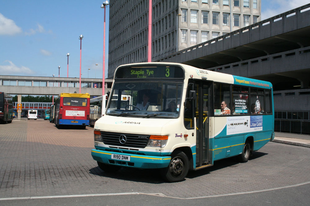 Arriva_East_Herts_and_Essex_R190DNM.JPG
