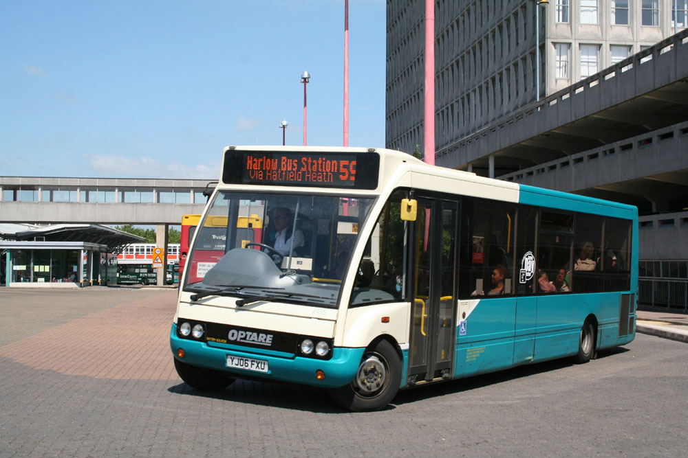 Arriva_East_Herts_and_Essex_YJ06FXU.JPG