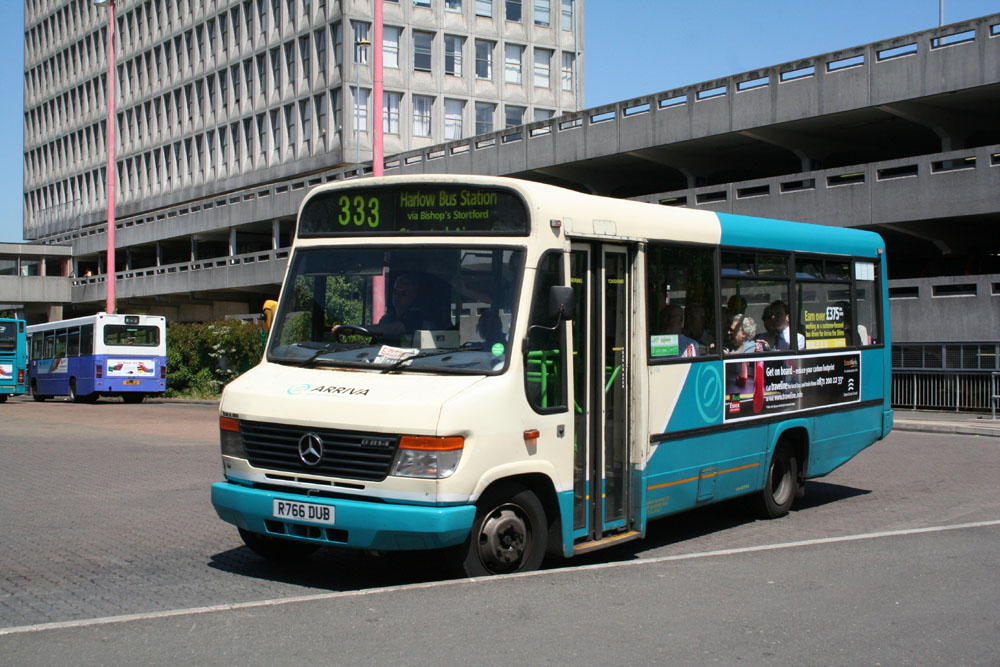 Arriva East Herts and Essex R766DUB