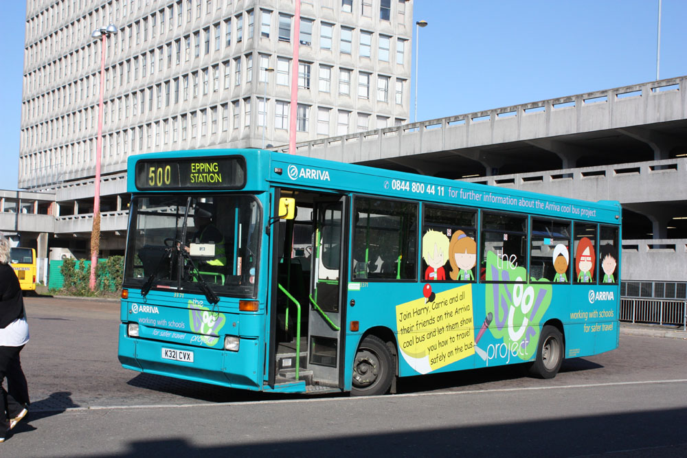 Arriva_East_Herts_and_Essex_K321CVX.JPG
