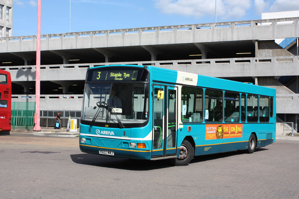 Arriva_East_Herts_and_Essex_R602WMJ.JPG