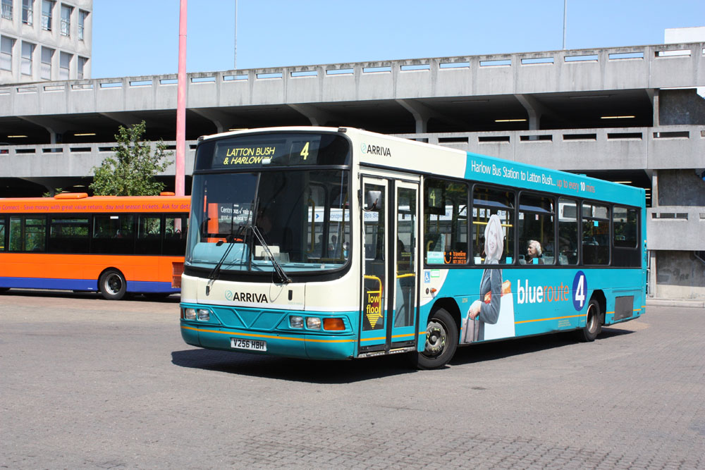 Arriva_East_Herts_and_Essex_V256HBH.JPG