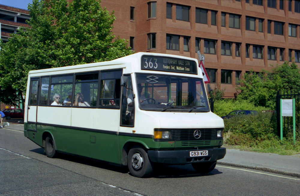 Arriva_East_Herts_and_Essex_G931WGS.JPG