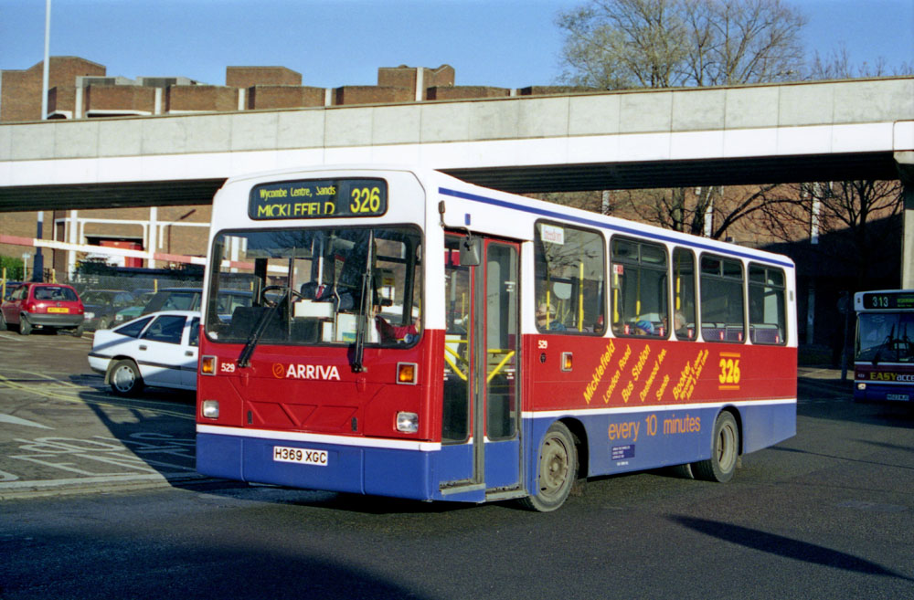 Arriva_The_Shires_H369XGC.JPG
