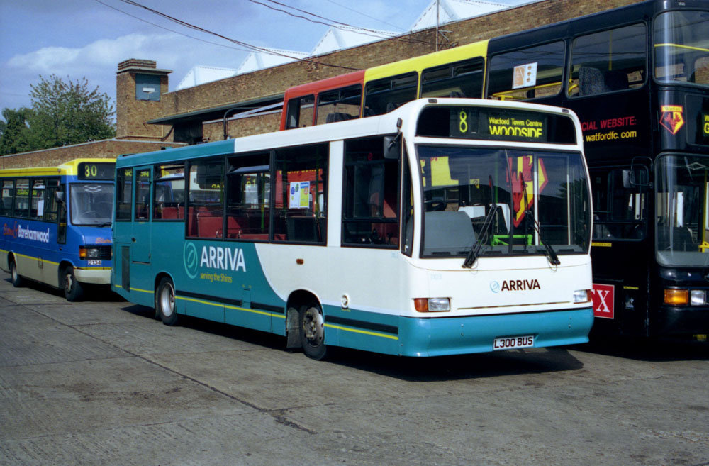 Arriva_The_Shires_L300BUS.JPG