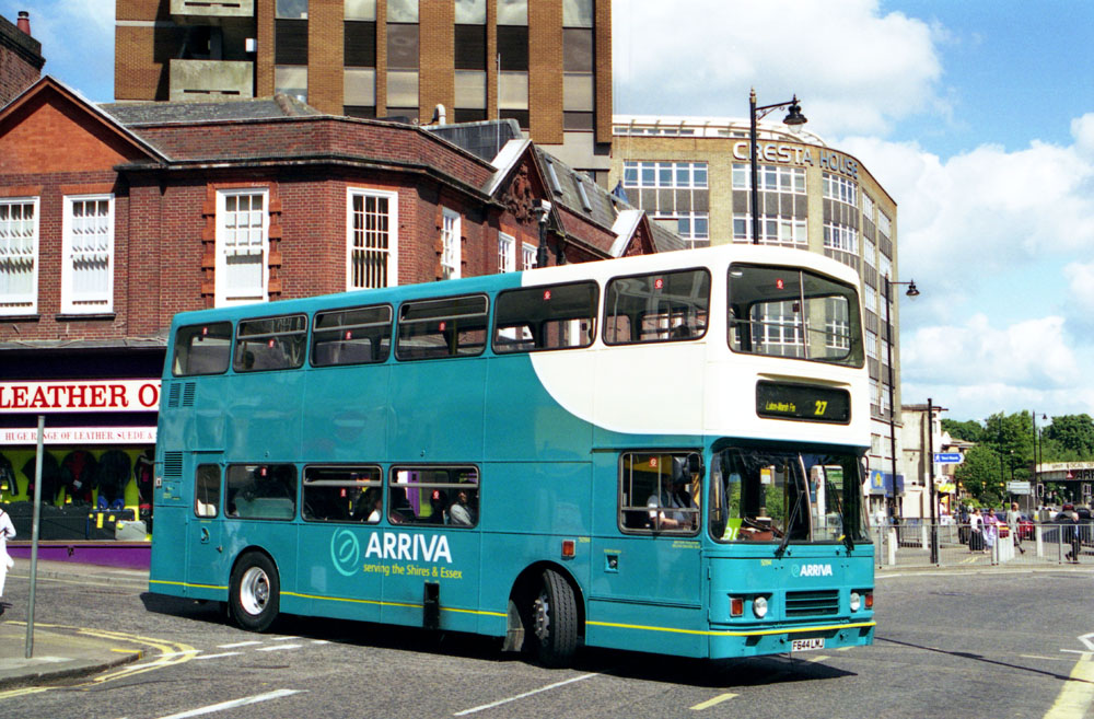 Arriva_The_Shires_F644LMJ.JPG