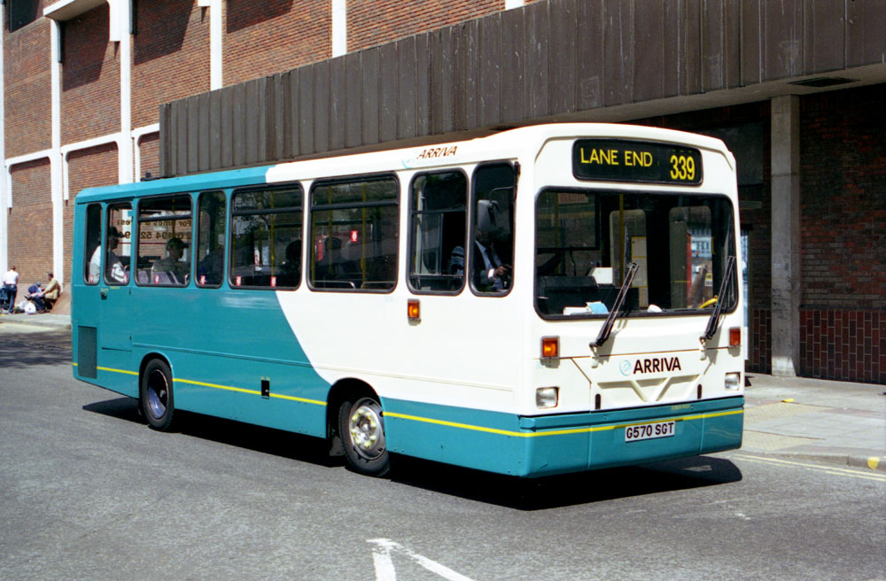 Arriva_The_Shires_G570SGT_JDZ2352_2.JPG