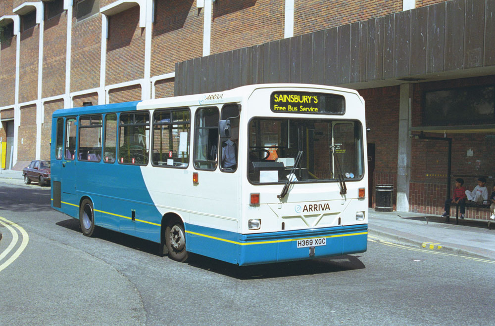 Arriva_The_Shires_H369XGC_2.JPG