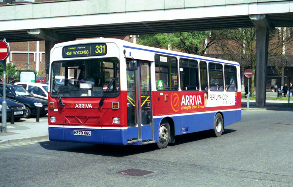 Arriva_The_Shires_H370XGC_1.JPG