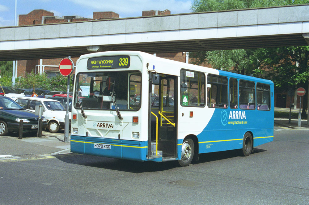 Arriva_The_Shires_H370XGC_2.JPG