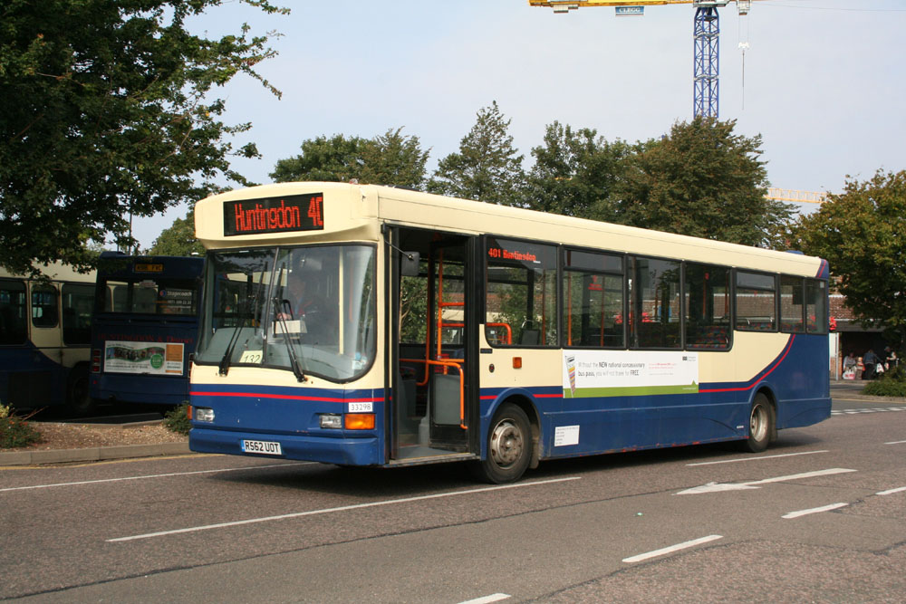 Stagecoach_in_the_Fens_R562UOT.JPG