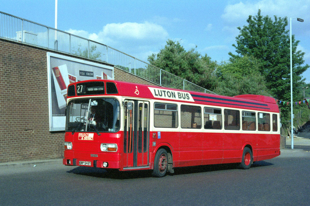 Luton_and_District_ERP549T.JPG