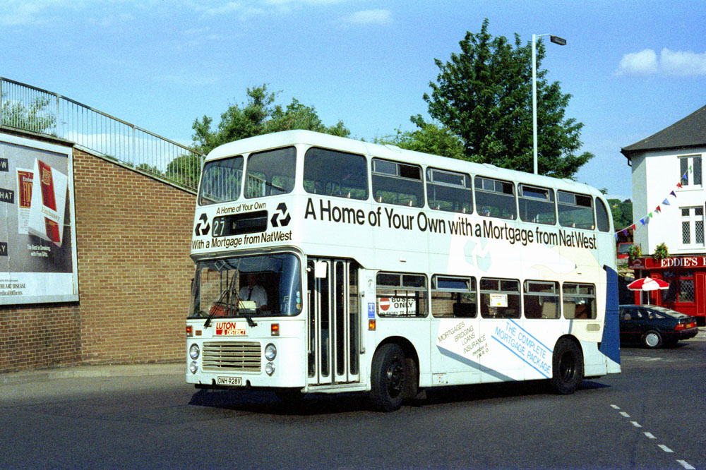 Luton_and_District_ONH928V.JPG