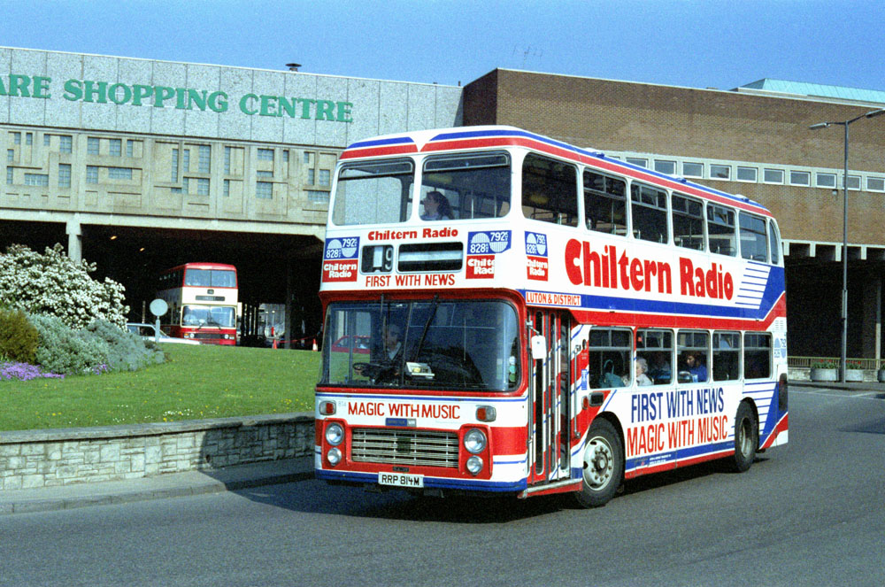 Luton_and_District_RRP814M.JPG