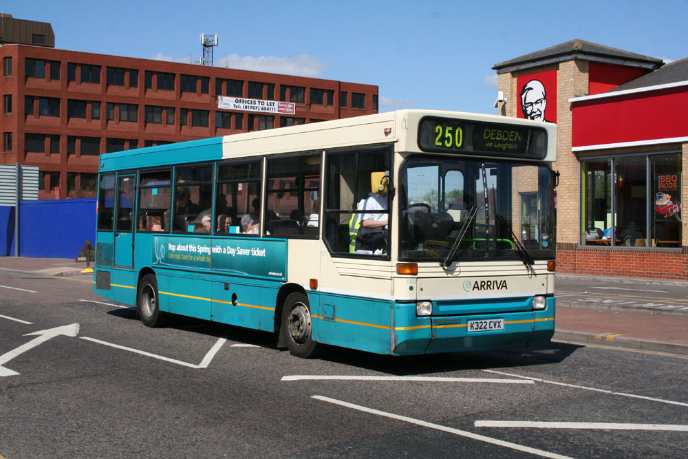 Arriva_East_Herts_and_Essex_K322CVX.JPG