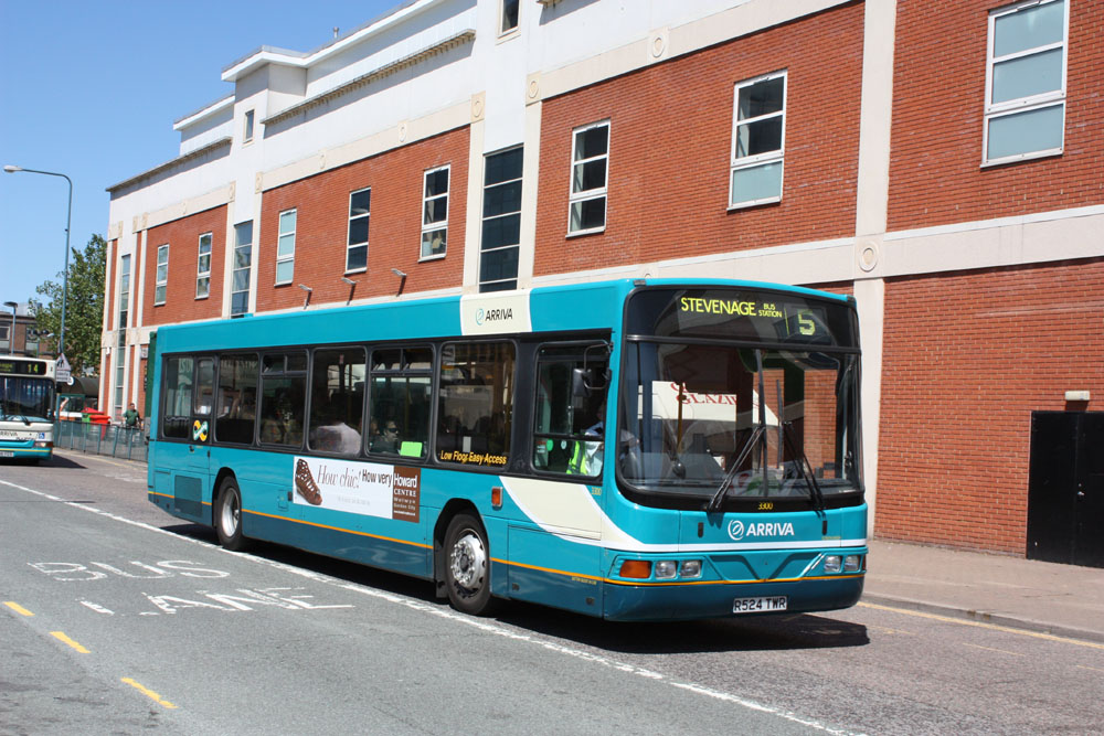 Arriva_The_Shires_R524TWR.JPG