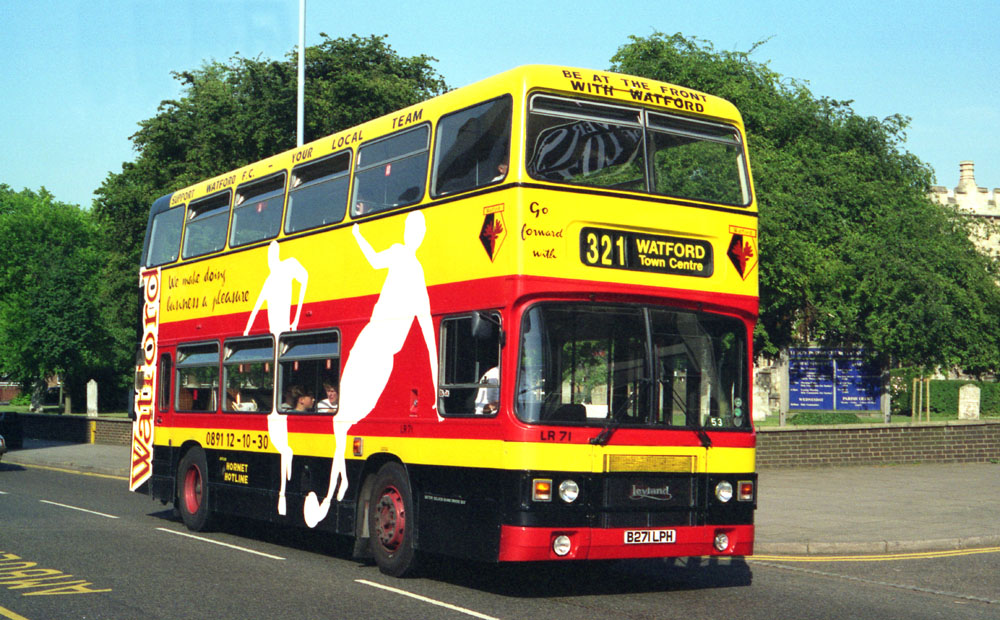 Luton_and_District_B271LPH.JPG