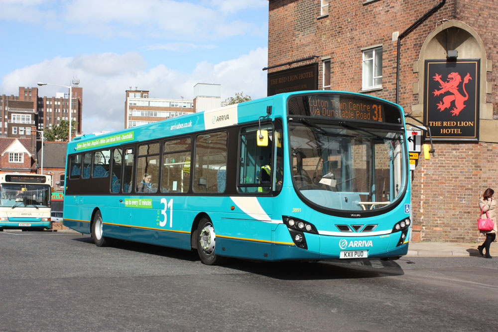 Arriva_The_Shires_KX11PUO.JPG