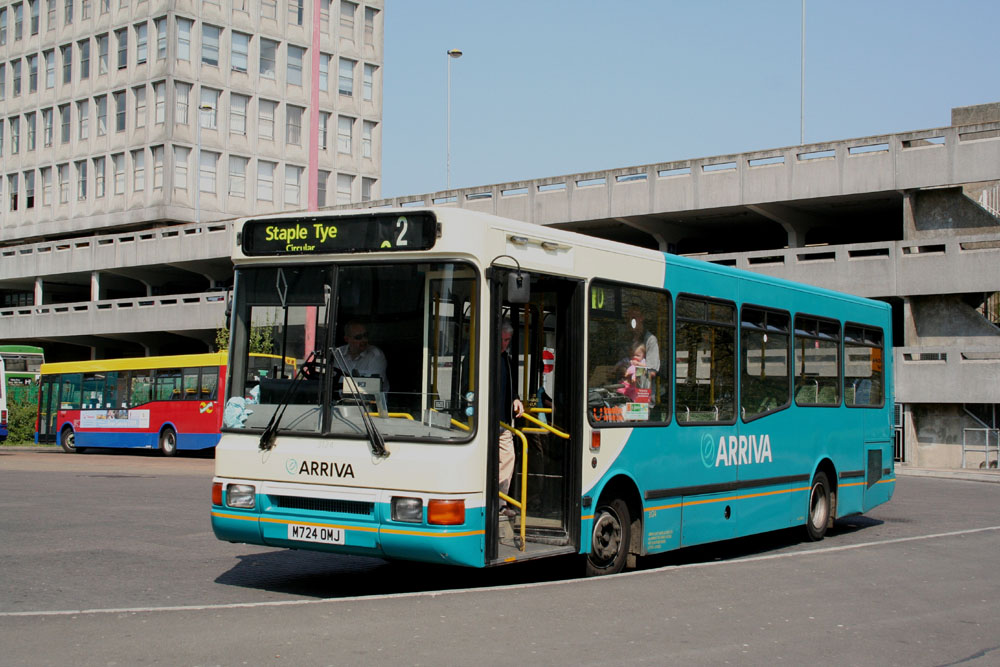 Arriva_East_Herts_and_Essex_M724OMJ.JPG