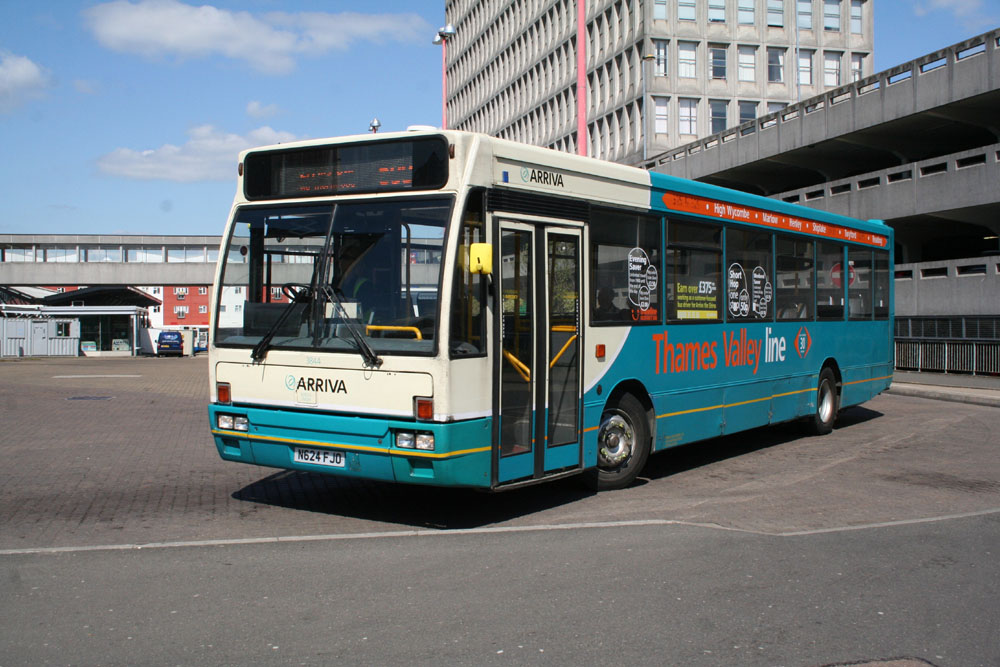 Arriva_East_Herts_and_Essex_N624FJO.JPG