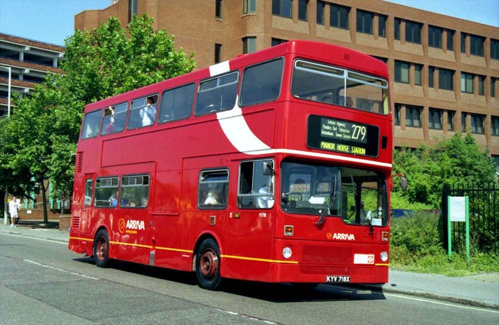 Arriva_London_North_KYV718X.JPG