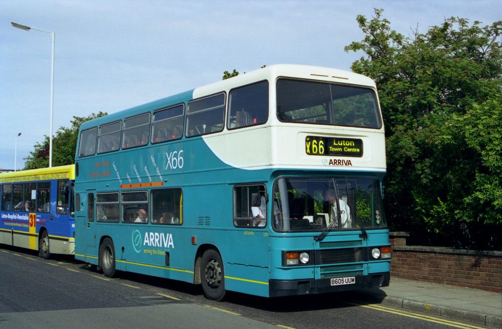 Arriva_The_Shires_B605UUM.JPG