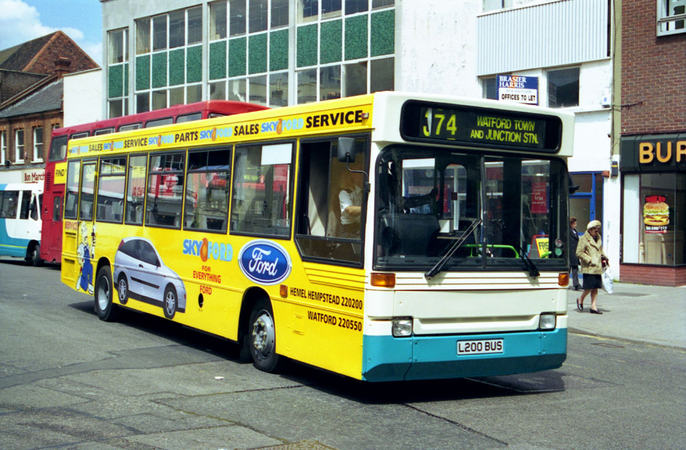 Arriva_The_Shires_L200BUS.JPG