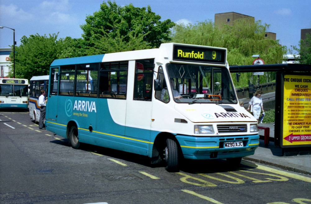 Arriva_The_Shires_M290AJC.JPG