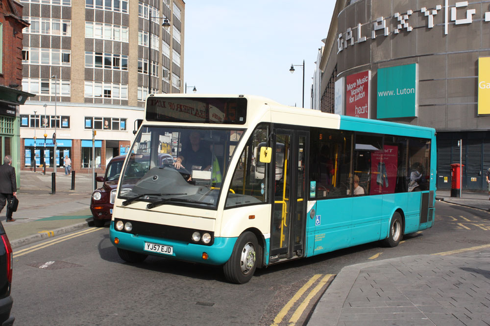 Arriva_The_Shires_YJ57EJD.JPG