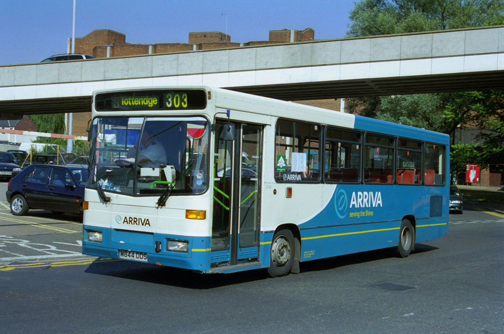 Arriva_The_Shires_M844DDS.JPG