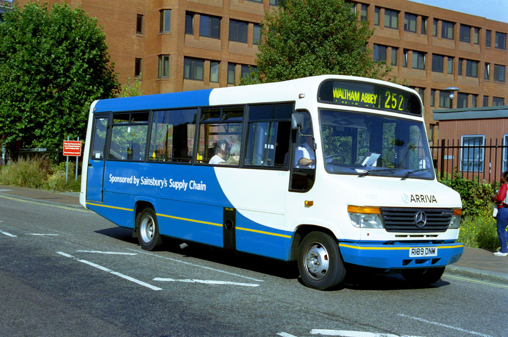 Arriva_East_Herts_and_Essex_R189DNM.JPG