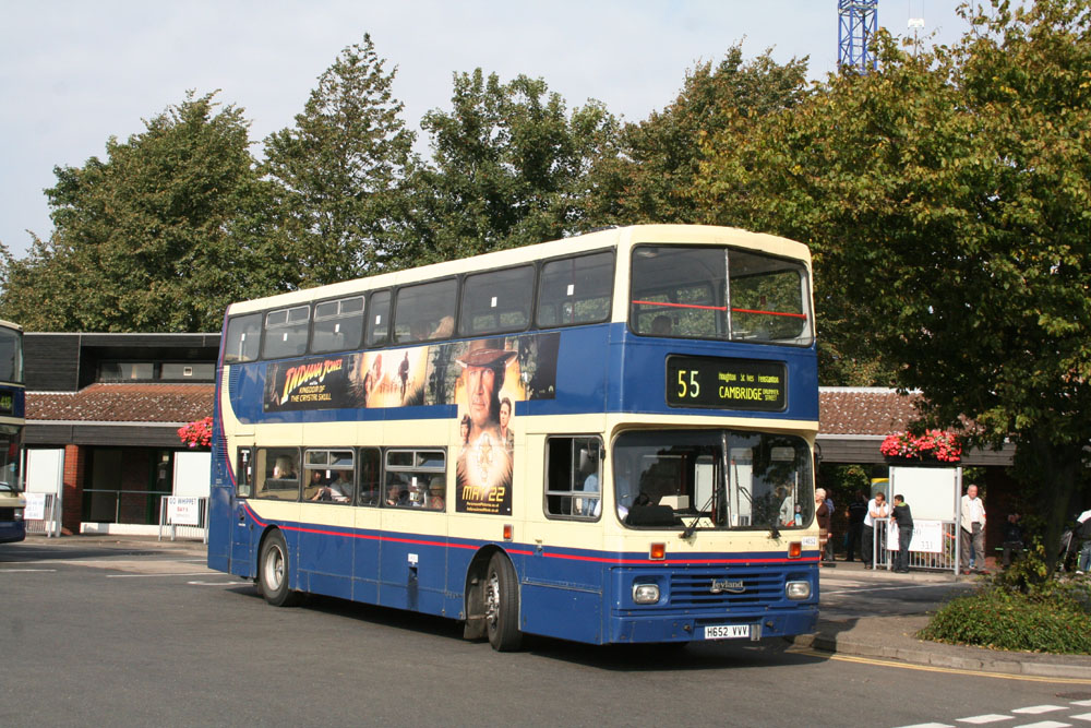 Stagecoach_in_the_Fens_H652VVV.JPG