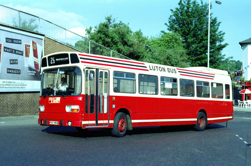 Luton_and_District_RNV480M.JPG